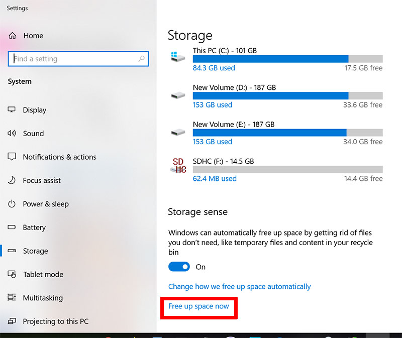 Windows 10 delete windows.old folder using temporary files settings